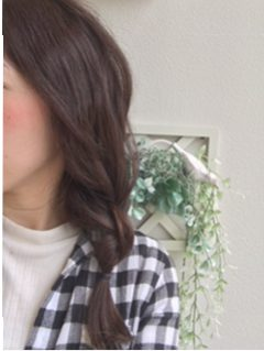 広島市安佐南区にある美容院プロッソル山本店のヘアカラーです。